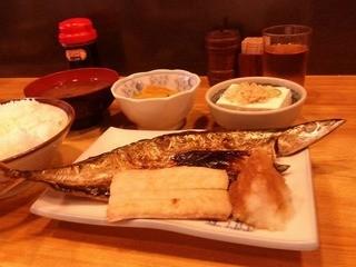 瀧元 - 焼き魚(秋刀魚)950円