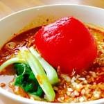 ちゃい - 料理写真:名物 ‼ 美瑛まるごとtマト担々麺