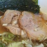つけ麺 弥七  - チャーシュー
