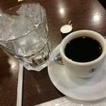 コンパル メイチカ店 - アイスコーヒー(注ぐ前)