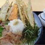 武膳 - ごぼうおろしぶっかけ(通常は750円ですが、麺を少なくしていただきましたので650円です。麺は通常の2/3)
