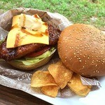 Cafe&Hamburger Ra-maru - 下田バーガー ポテトチップス付き 1000円