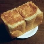 40459556 - 杜せきのした食パン