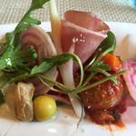 オリゾンテ - 前菜のアップ