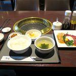 焼肉 徳寿 - 料理写真:スタミナセット(885円)
