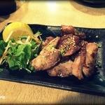 炉ばた 七福心 - 地鶏の塩焼き 550円