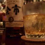 バー ルート - ●余市、コクがある美味しいウイスキーだね