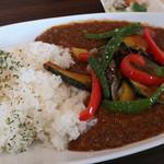 Karetaimu - 季節の野菜たっぷりカレー