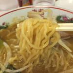 味の大王 - 麺アップ