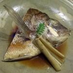 青山ぼこい - 鯛かぶと煮1,500円