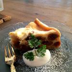 アリーカフェ - 無花果のチーズケーキ