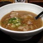 大牟田とんこつ屋 龍鳳  - 聖龍(せいりゅう) 鶏がらとんこつ醤油 710円