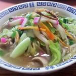 レストラン さくら - 本場のちゃんぽん。鶏ガラと野菜の旨味が芳醇なスープ。