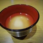 40484353 - なぜか味噌汁