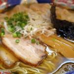 かつみ - 2015年7月 肉ワンタン麺ミックス大盛り