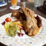田沢湖 ビールブルワリーレストラン - ダークラガー仕込みのスペアリブ
