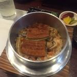 鶴弥 - 鰻の釜飯