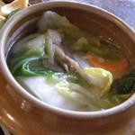40496415 - 鶏とキノコと野菜の水炊き