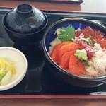 40499490 - 北海道三色丼