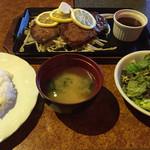 レストランかづの - ⚫︎レモンステーキWサイズ=1500円    200gの肉です。