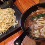 ○は - 鶏濃厚白湯つけ麺