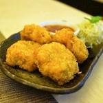 タイ国料理 チャイタレー - 2015.8 トードマンクン(750円)海老すり身のさつま揚げ