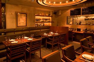 ノスタルジーテーブル - 一軒家風の内観
