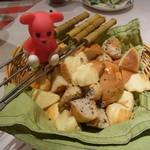 ルージュトマト - 色々パンの炭火焼チーズフォンデュ