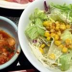 熟成焼肉いちばん  - 2015/8 サラダ&キムチ