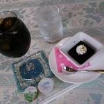 カルーア - グラスが素敵╰(*´︶`*)╯