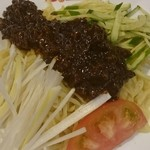 桂園 香港酒家 - 北京風ジャージャー麺