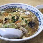 八仙楼 - 料理写真:中華丼