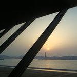 海峡ふくステージ - 関門海峡を一望できる展望レストラン