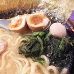 壱角家 - 半熟味玉・うずらの卵