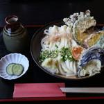 麦の香り - 野菜天ぷらのぶっかけうどん