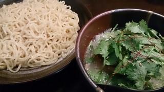 麺や ぼくせい - パクチー塩つけ麺 750円