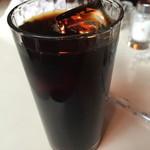 オレンジ - 濃い目のアイスコーヒー(350円)