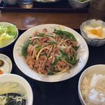 東遊記 陳 - チンジャオロース定食(780円)