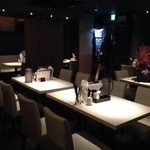 溶岩焼肉ダイニング bonbori - 店舗内風景2(テーブル席)