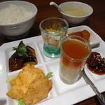 広味坊 - 6種類のおかず定食