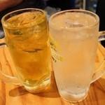 やきとん あさちゃん - レモンサワー390円、緑茶ハイ390円