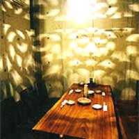 游心 - 光が揺れるテーブル個室