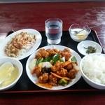 四季紅 - 酢豚定食980円