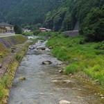 ひばり食堂 - 綺麗な川1