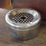 ひばり食堂 - 灰皿