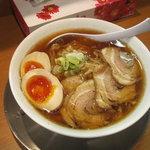 麺や 河野 - チャーシューメン980円+煮玉子