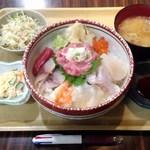 40570549 - 特上海鮮丼950→800円