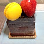 たんぽぽ - 料理写真:チョコケーキ420円くらい?