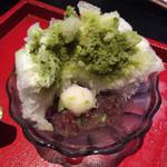 ちゃ大和園 - 抹茶(玉デラ)、中にはあずきと白玉