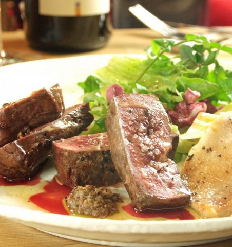 ギンザ タッポ - お肉の炭火焼盛り合わせ